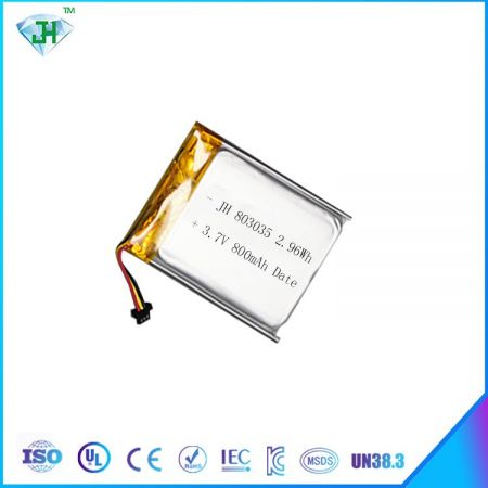 Best selling 803035 polymer lithium battery 800mah3.7v lithium battery factory direct sales